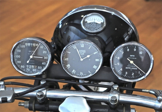 http://loscureza.com/files/gimgs/th-35_Trip-moto-dash-copy-sm.jpg