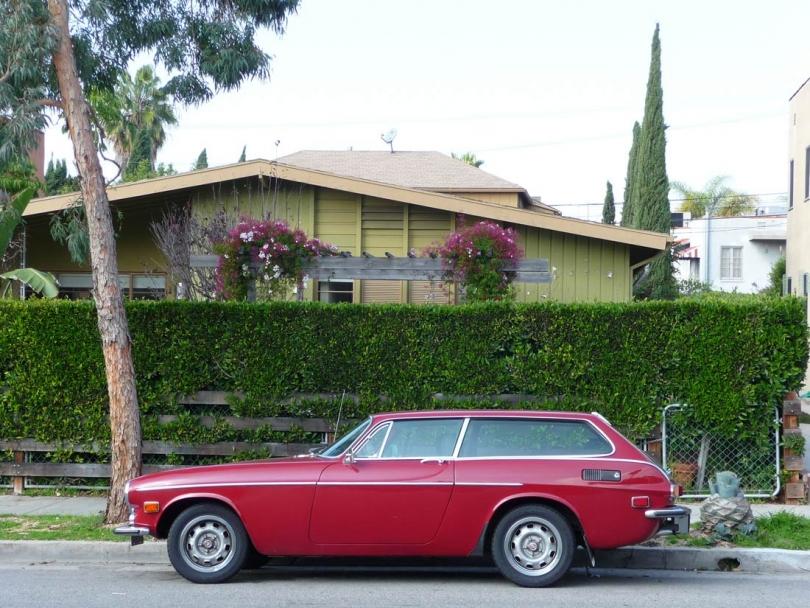 http://loscureza.com/files/gimgs/th-33_Carchitecture-Volvo-copy-sm.jpg