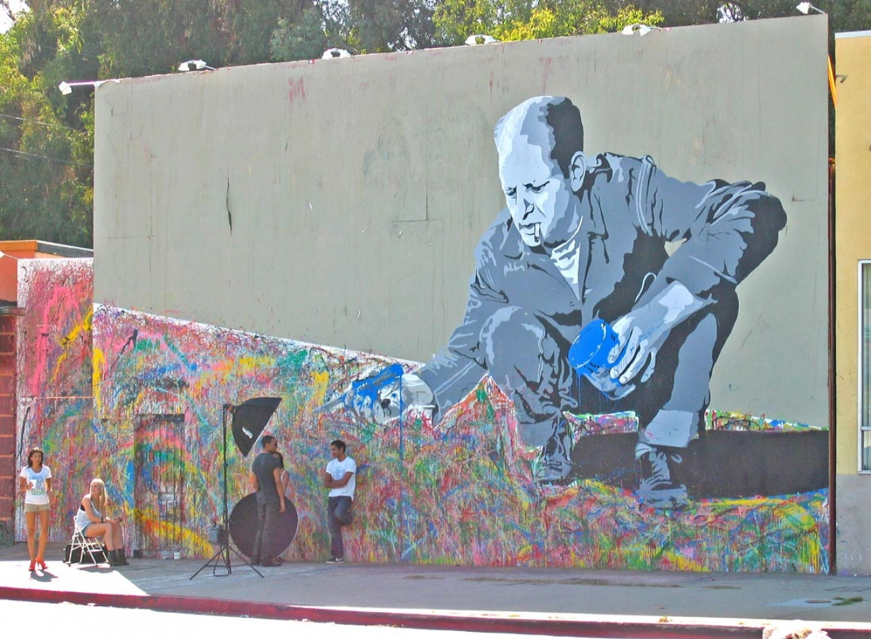 http://loscureza.com/files/gimgs/th-22_LA-Mr_-Brainwash-copy-sm.jpg