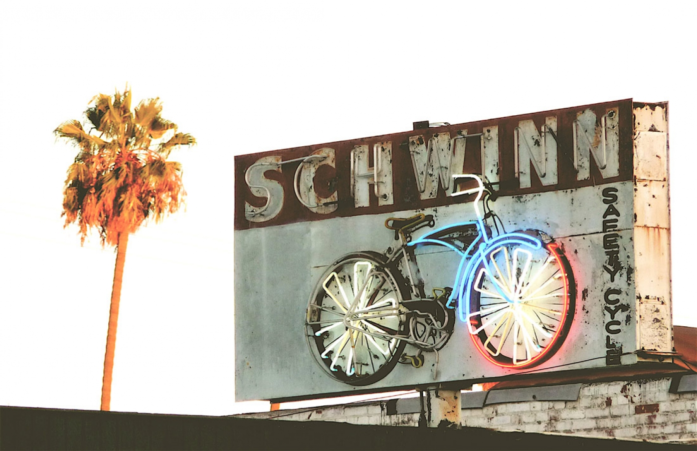 http://loscureza.com/files/gimgs/th-22_LA-Schwinn-copy-sm.jpg